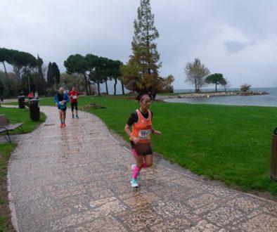 (Nella foto un passaggio di Dalila Aissaoiu nella gara dei 10 km. - foto di Renzo Mescalchin)